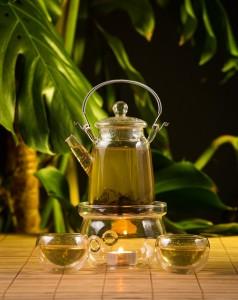 Kanne mit Sencha Tee