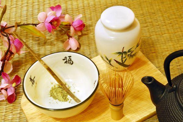 Matcha Tee ist der Tee der traditionellen japanischen Teezeremonie