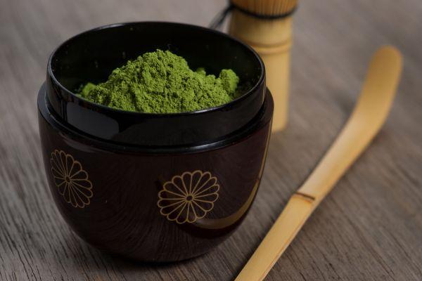 Dem Matcha Tee werden wohltuende Wirkungen nachgesagt